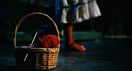 Παρακολούθηση θεατρικής παράστασης «Περπατώ εις το δάσος» της Στέλλας Μιχαηλίδου-Παιδική Σκηνή- ΔΗ.ΠΕ.ΘΕ. Κοζάνης
