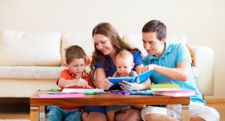 Πώς ενισχύουμε τις προαναγνωστικές και προγραφικές δεξιότητες στα μικρά παιδιά!
